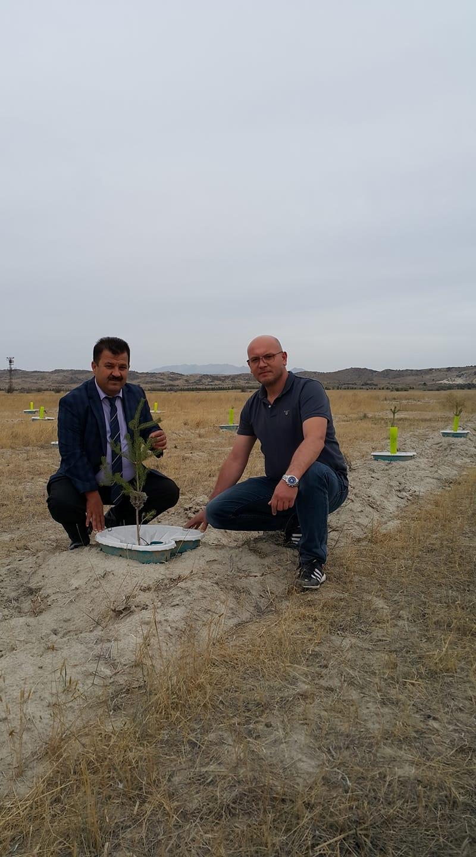 Konya Orman Bölge Müdürümüz Sayın Cafer BAL, Ekobox bilimsel çalışmalarına ilişkin Tagem Çölleşme Enstitüsü alanında gözlem ve tetkiklerde bulundu. Kendisine teşekkür ediyoruz.
